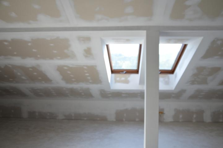 Podkrovie otvorená časť zateplenie strechy + sádrokartón