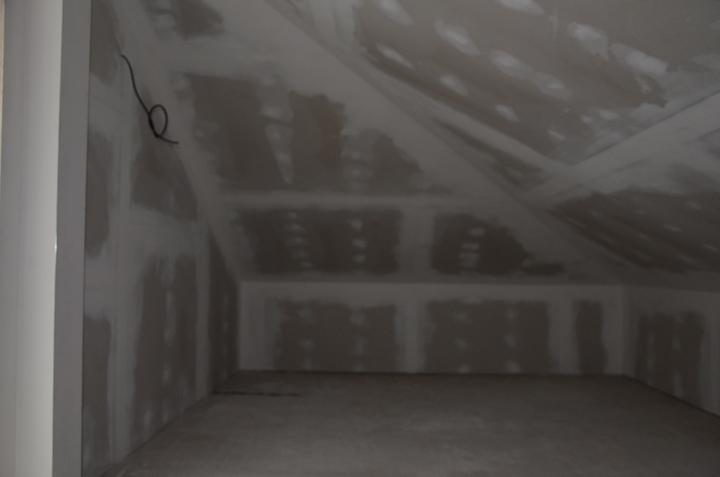 Podkrovie zateplenie strechy + sádrokartón veľký odkladací priestor