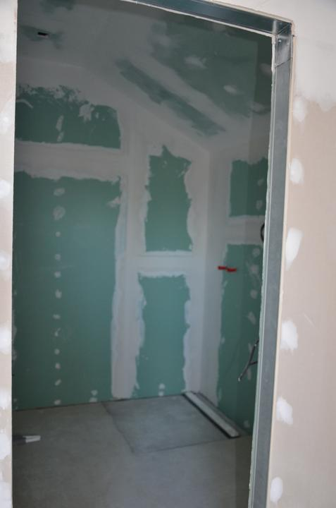 Podkrovie - hosťovská kúpeľňa