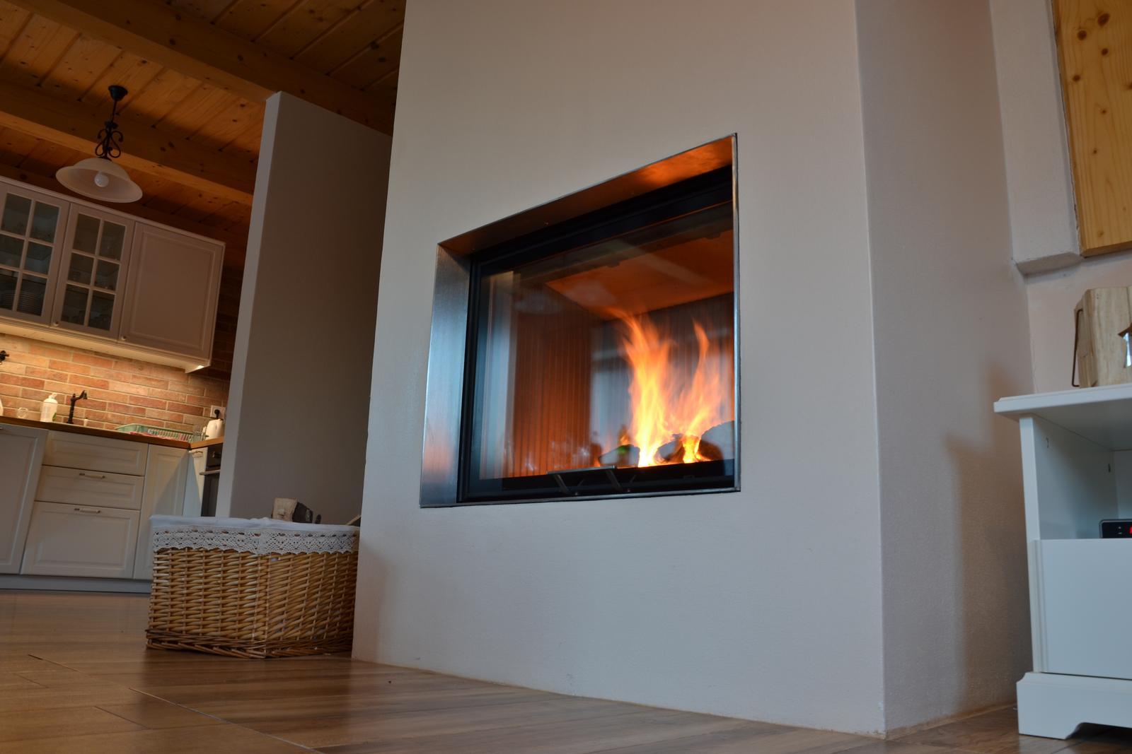 Horská chata s 6 izbami vykúrená jedným kvalitným krbom :) - Obrázok č. 1