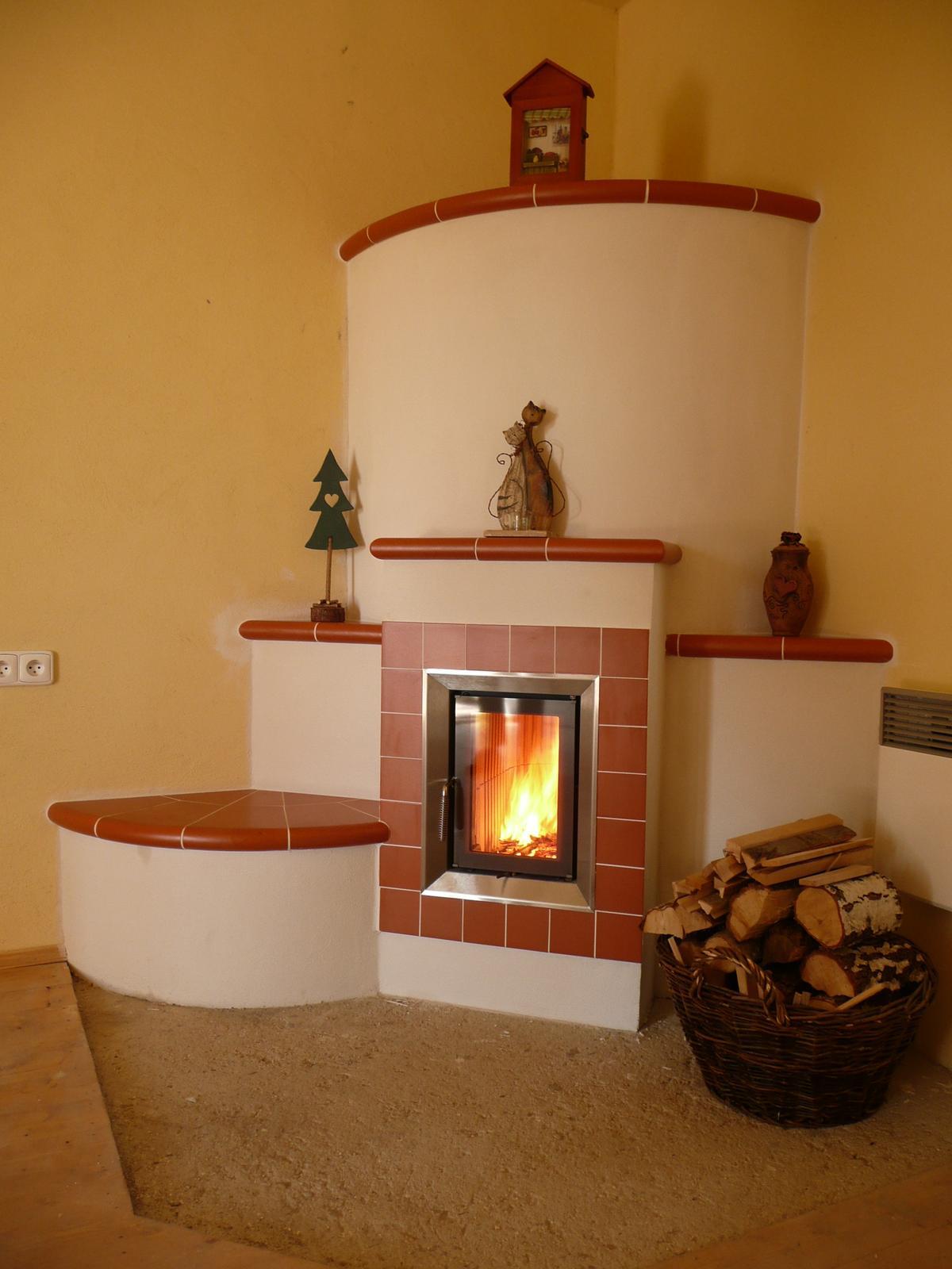 Naša práca - Kachľová pec BRUNNER, keramika Kerkotherm