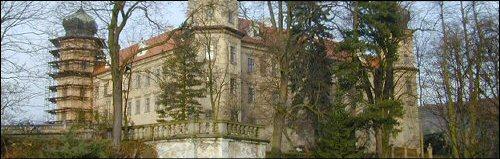 tak tady to bude dne 4.7.2006 v půl 1-zámek Mníšek pod brdy