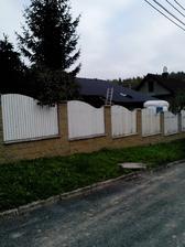 dnes konečně střecha - Bramac ( foto z mobilu )