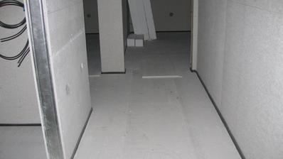 nachystáno na podlahy