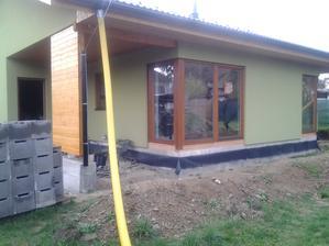 zástěna u terasy hotová :-)