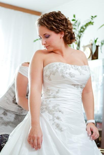 Diamantovo biele svadobné šaty Andover  - Obrázok č. 4