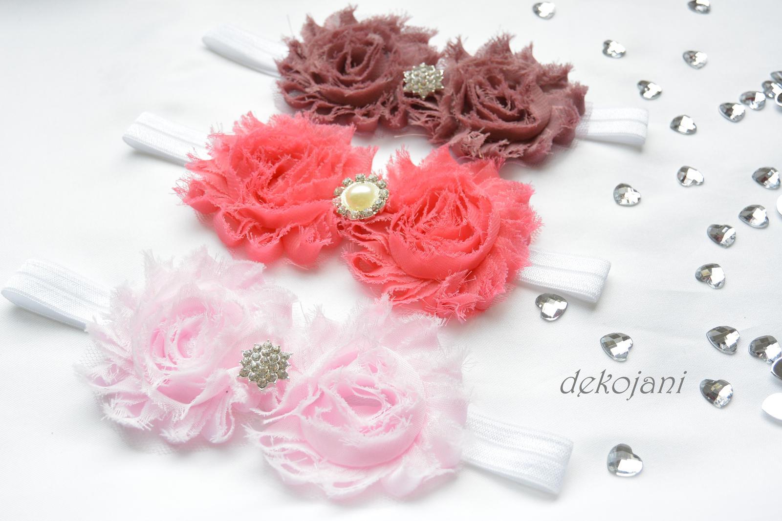Čelenky, květiny do vlasů, náramky, obojek pro pejska... - Obrázek č. 15