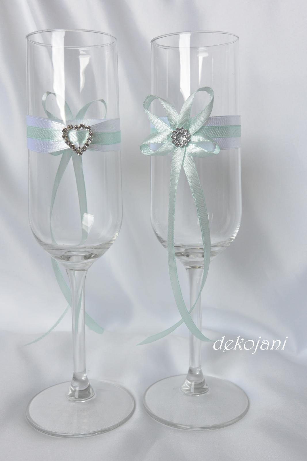 Jmenovky, svatební skleničky, mašle, závoje.. - Obrázek č. 6