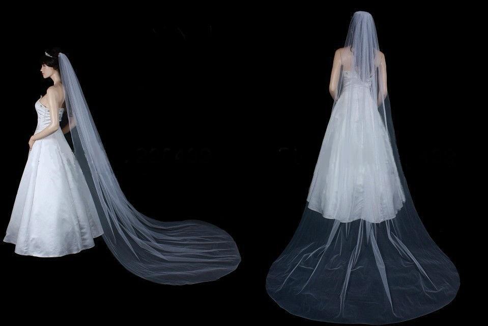 Jmenovky, svatební skleničky, mašle, závoje.. - Drží tvar délka 210cm za 380kč.