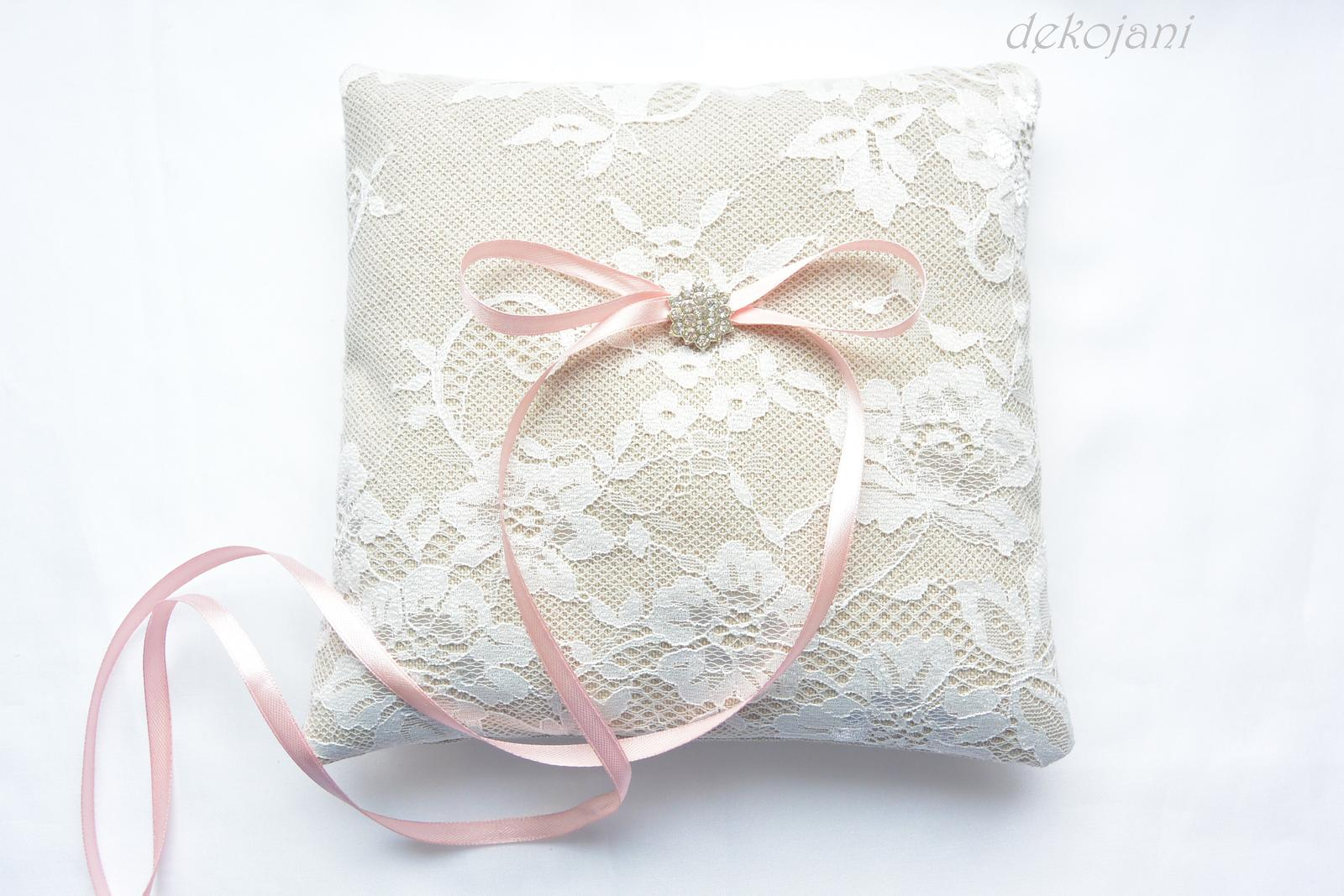 Luxusní svatební doplňky a dekorace. - Obrázek č. 5