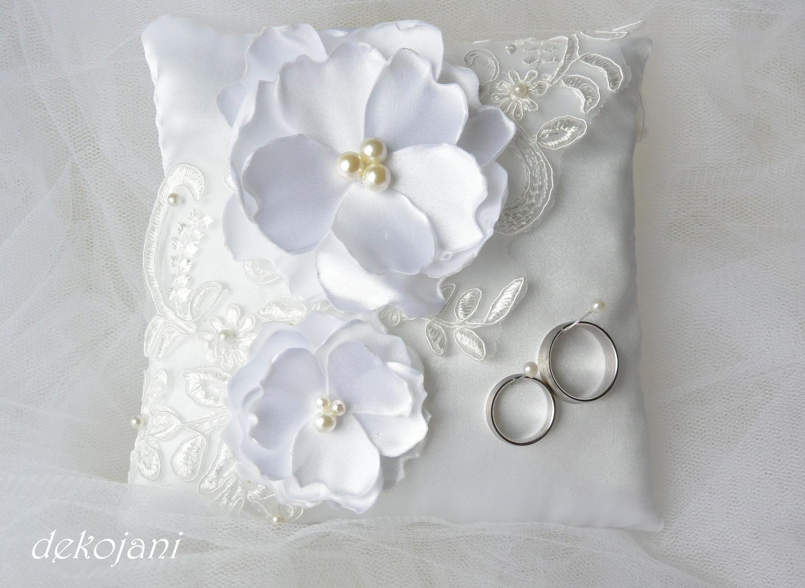 Luxusní svatební doplňky a dekorace. - Obrázek č. 7