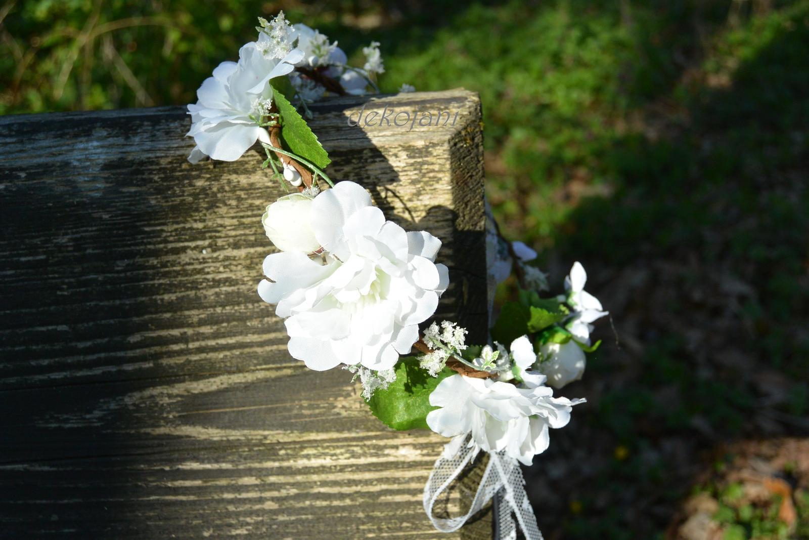 Květinové věnečky, čelenky, náramky, pásky... - Obrázek č. 2