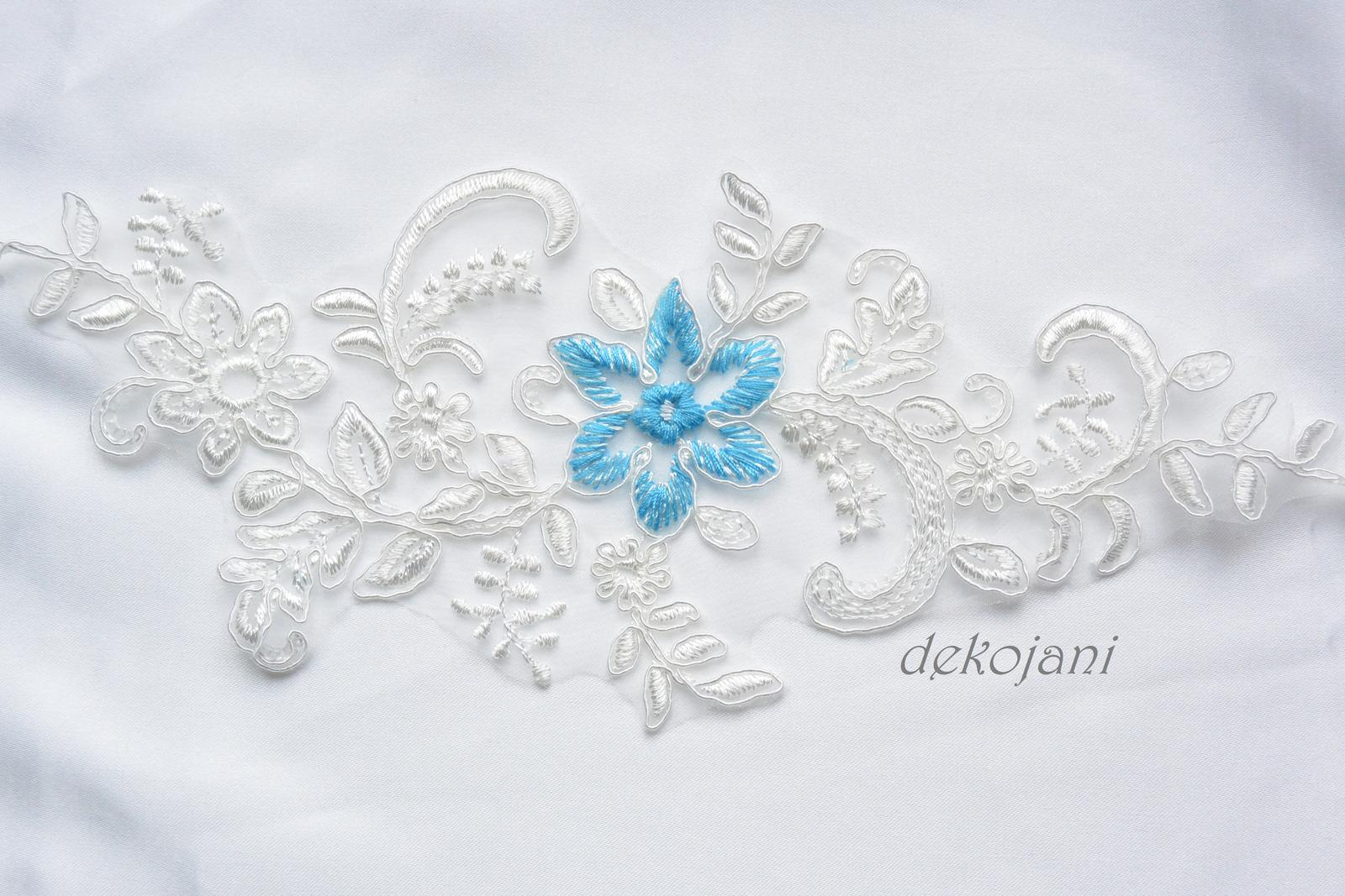 Krajkový podvazek s modrou kytičkou S-XXXL - Obrázek č. 2
