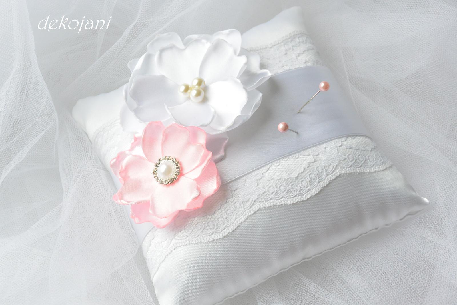 Světle růžové vývazky s perličkou - Obrázek č. 2