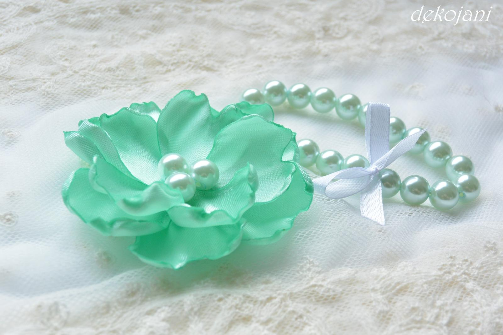 Perličkový náramek mint green - Obrázek č. 1