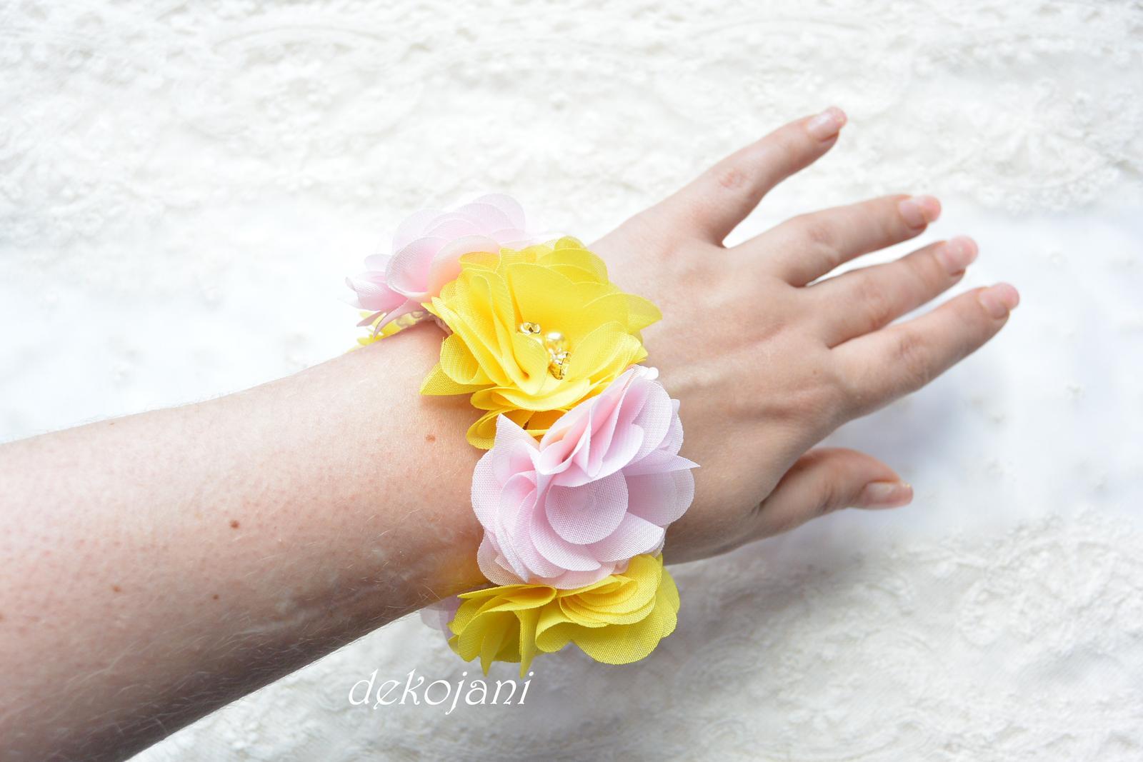 Květinový náramek- různé barvy - Obrázek č. 1