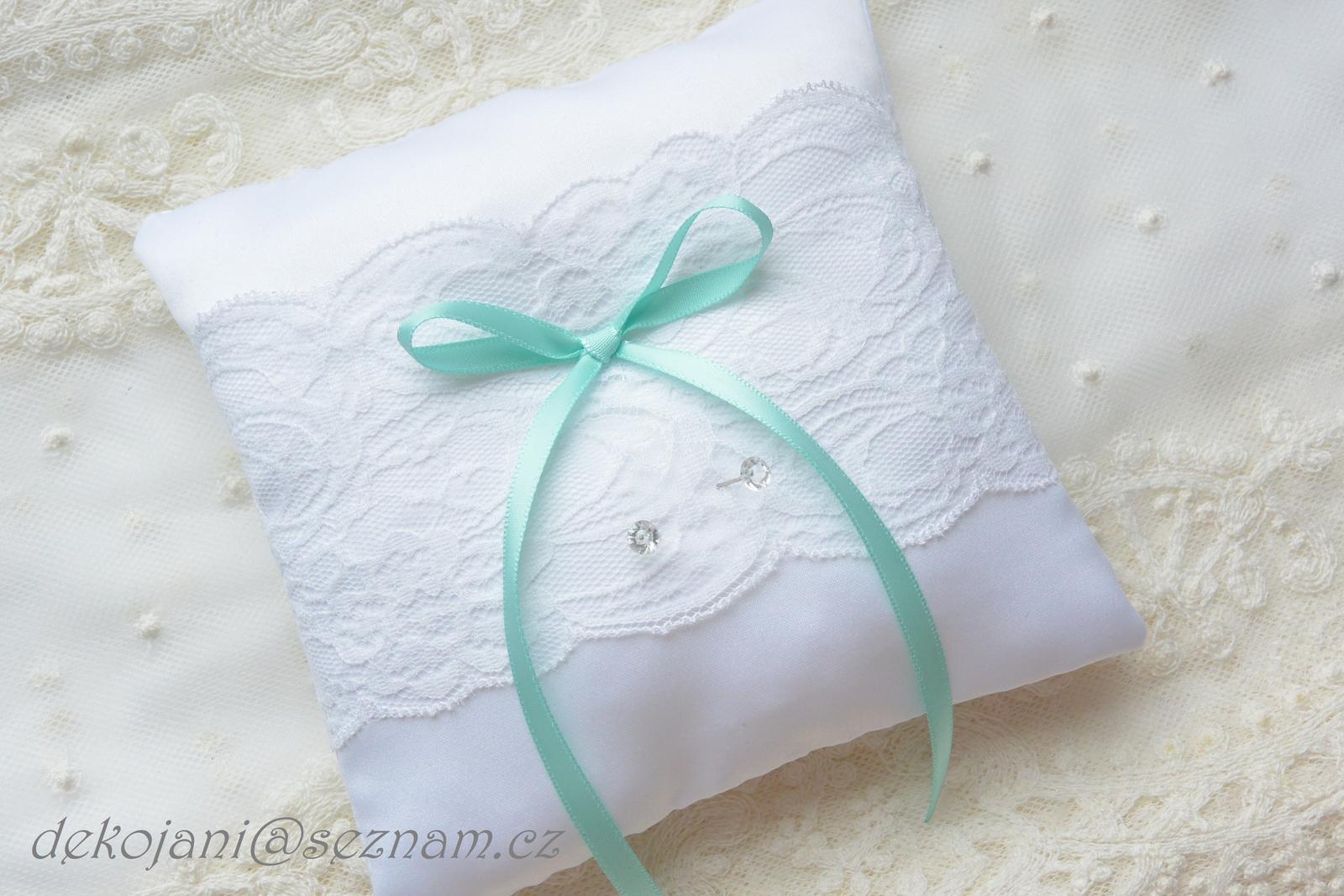 Svatební polštářek- barva květin na přání - Obrázek č. 2