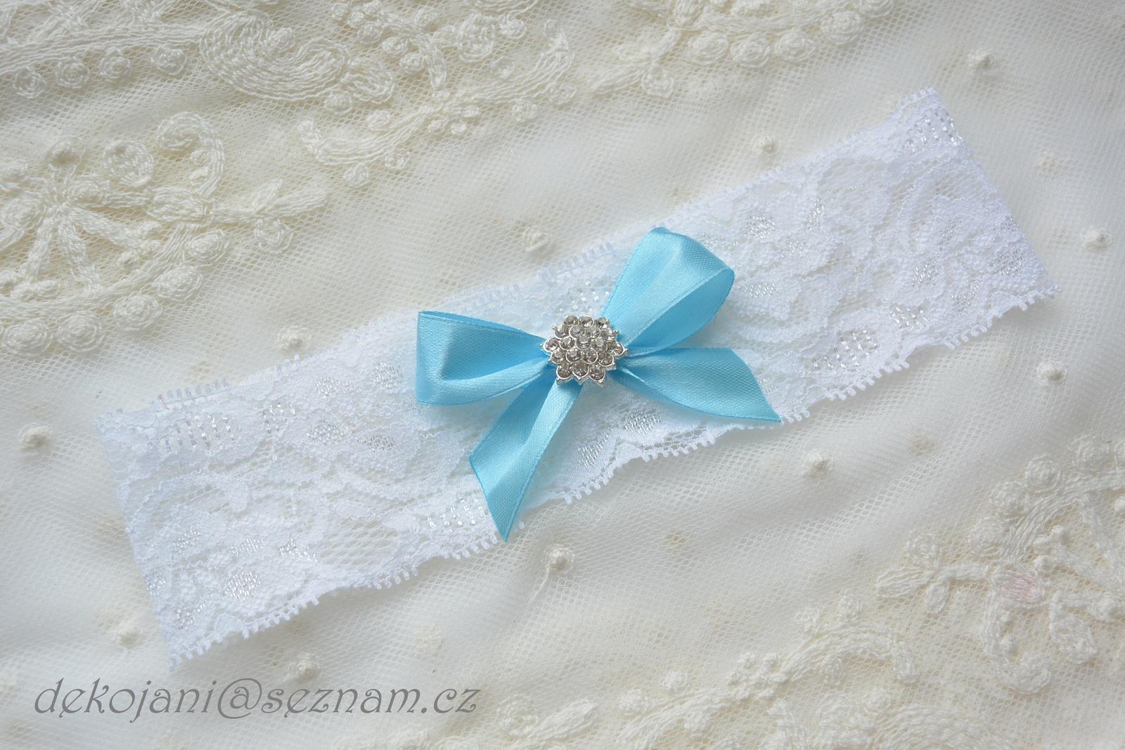 Svatební polštářek- barva květin na přání - Obrázek č. 3