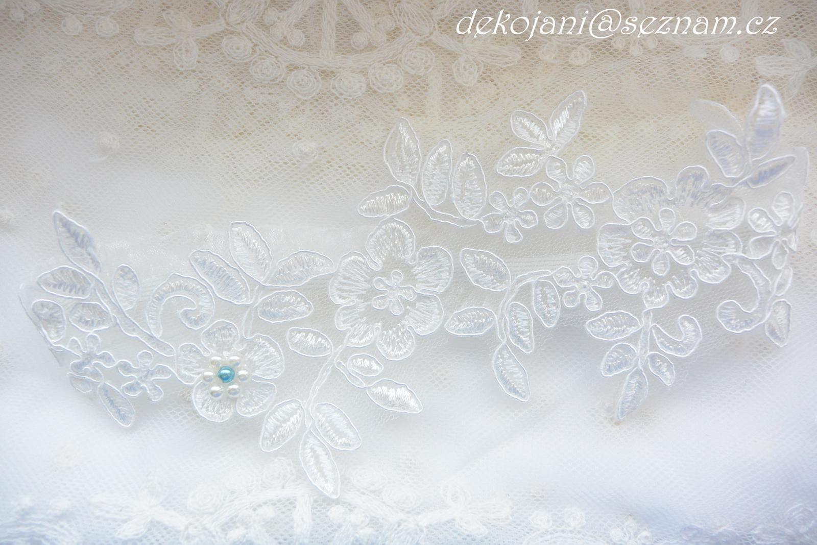 Krajkový svatební polštářek - Obrázek č. 2