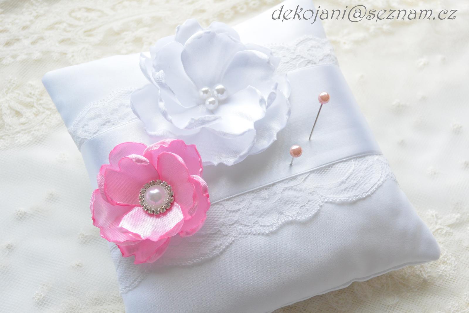 Svatební polštářek různé barvy - Obrázek č. 1