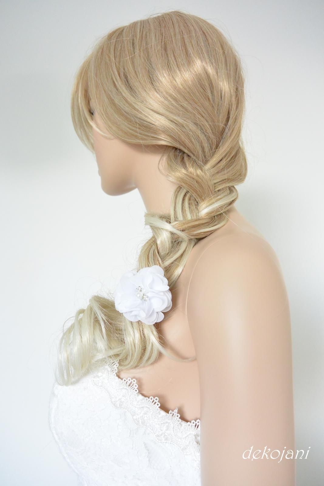 Květina nejen do vlasů - Obrázek č. 3