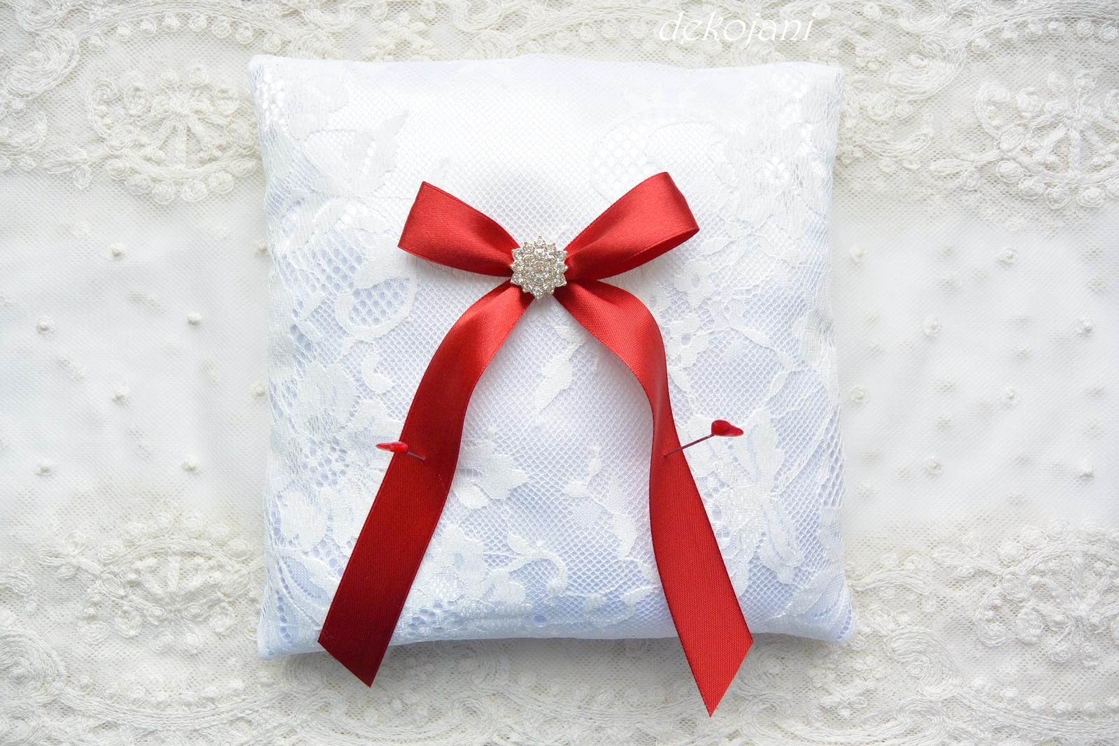 Svatební krajkový polštářek - Obrázek č. 1