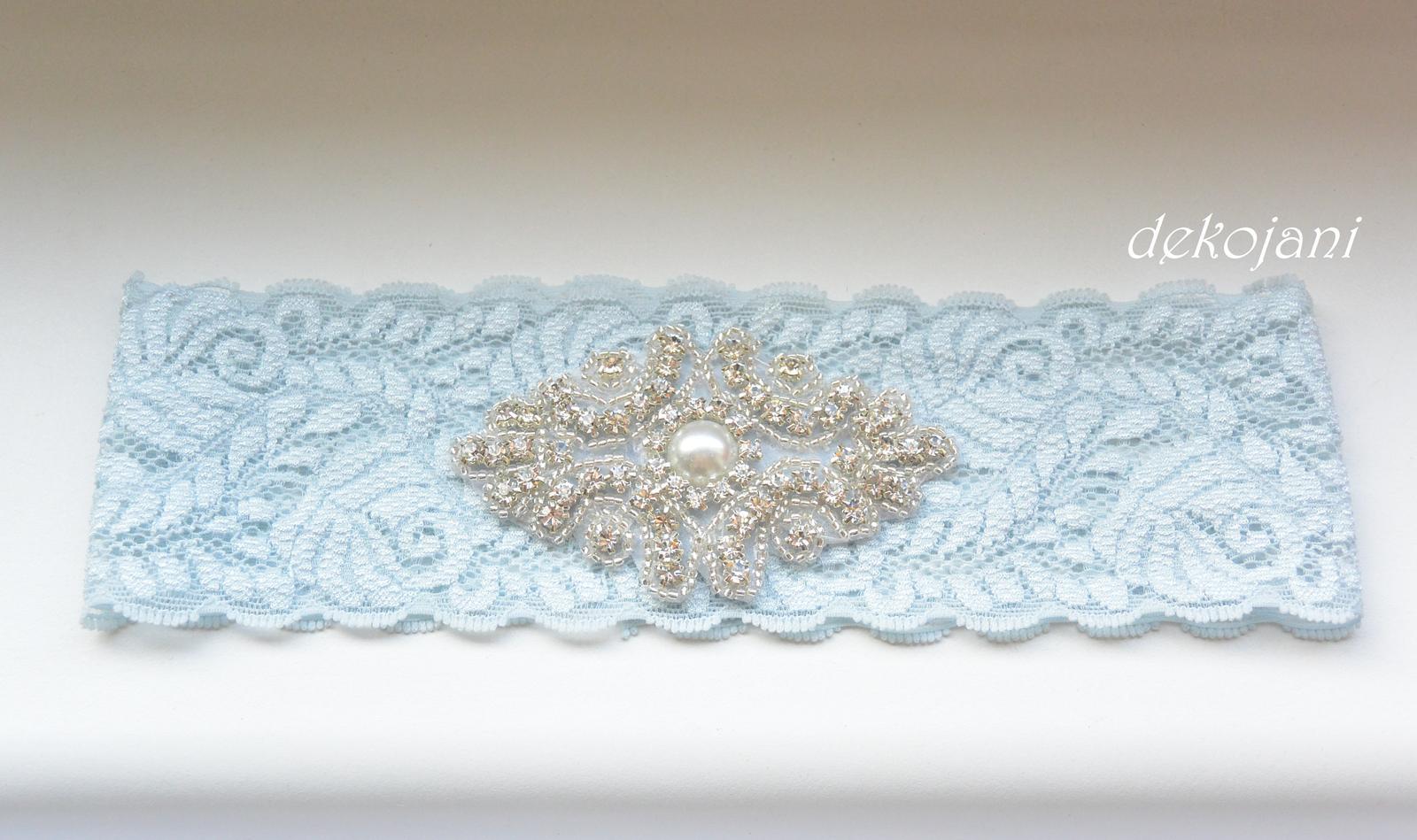 Modrý polštářek pod prstýnky - Obrázek č. 4