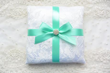 Zelený svatební polštářek - Obrázek č. 1