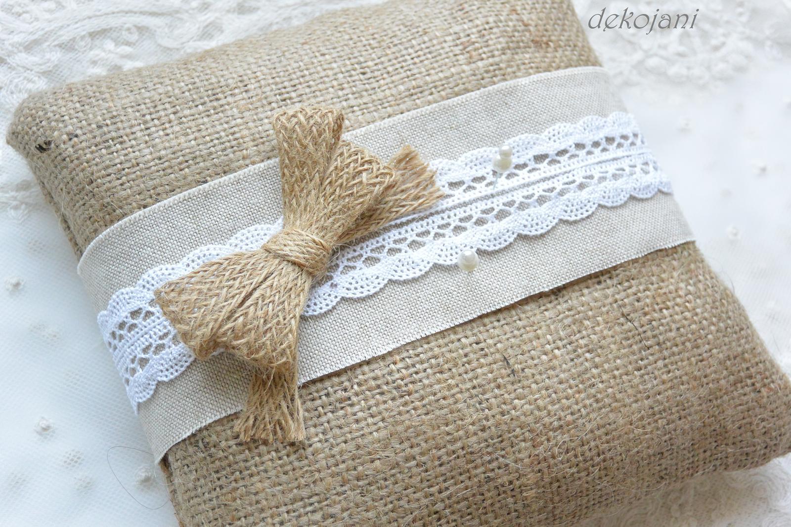 Krajkový svatební polštářek - Obrázek č. 4