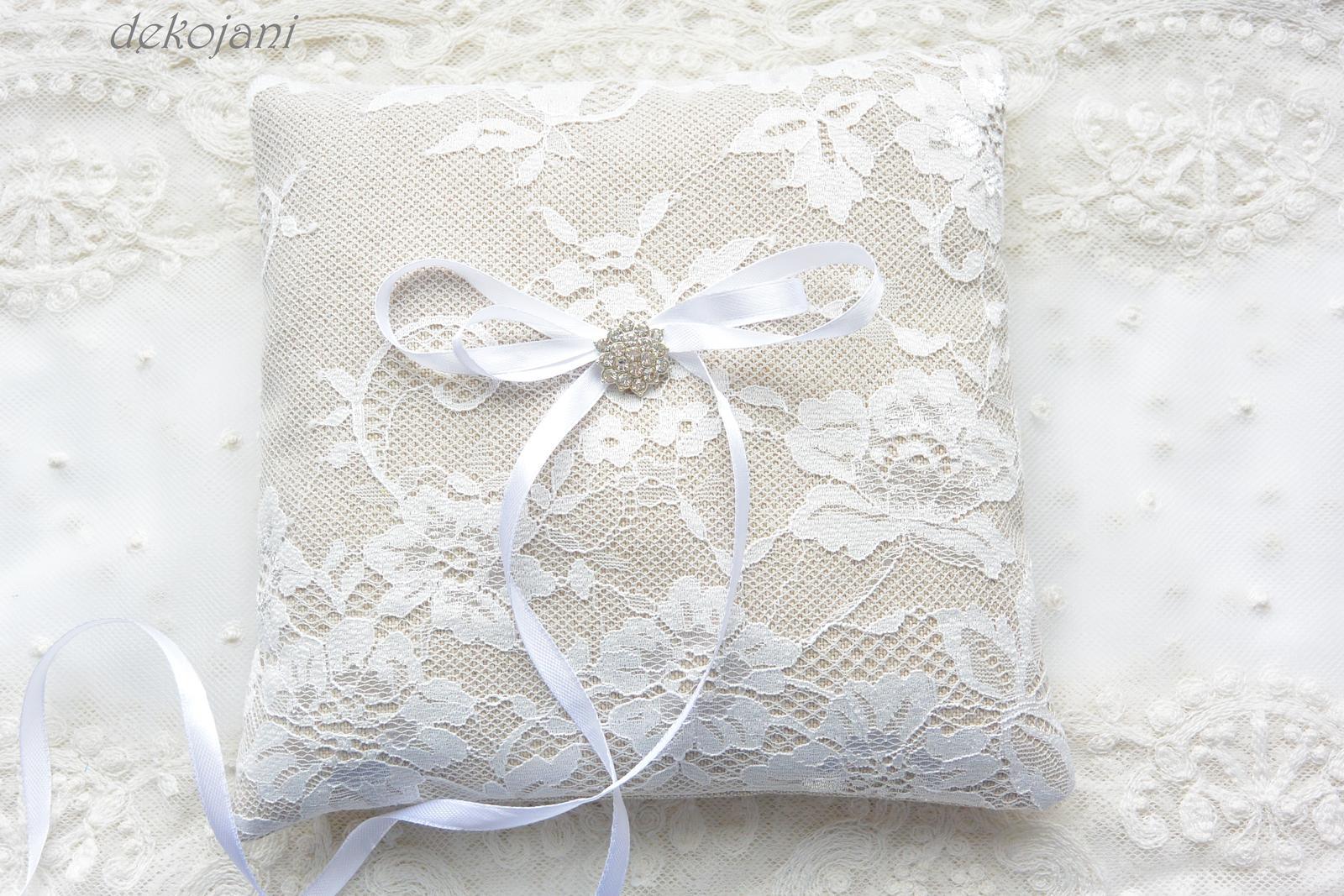 Luxusní krajkový svatební polštářek - Obrázek č. 2