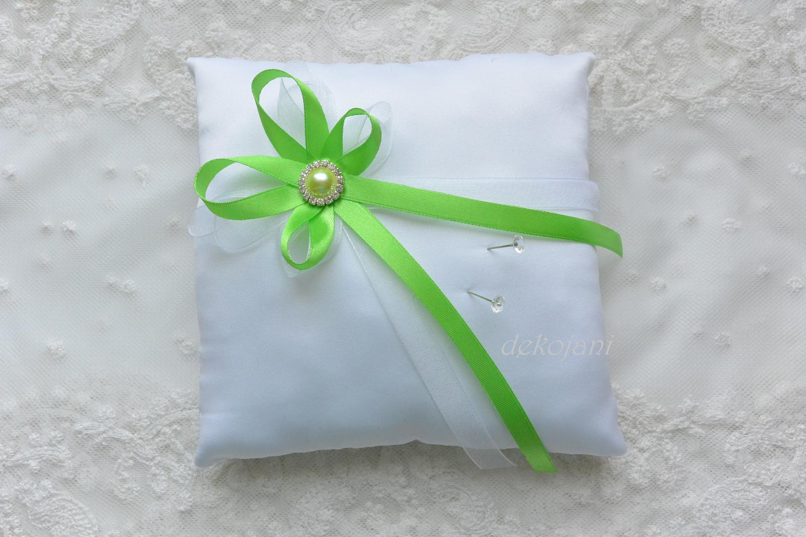 Zelený polštářek na prstýnky  - Obrázek č. 1
