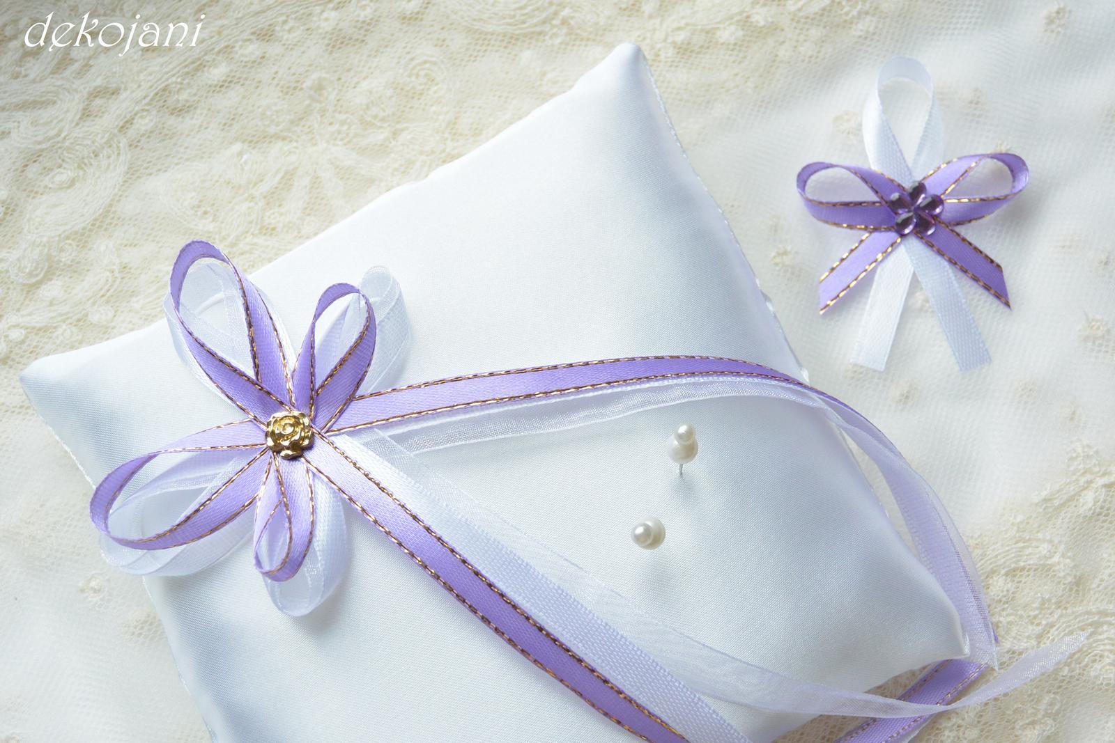 Svatební polštářek s krajkou  - Obrázek č. 3