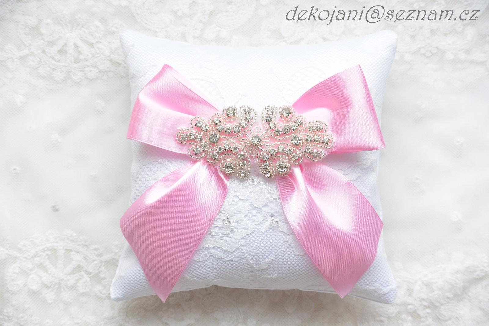 Luxusní svatební polštářek pod prstýnky - Obrázek č. 1