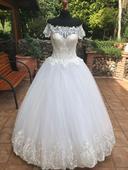 Romantické svad.šaty s vyšivkou 34/36 , 34