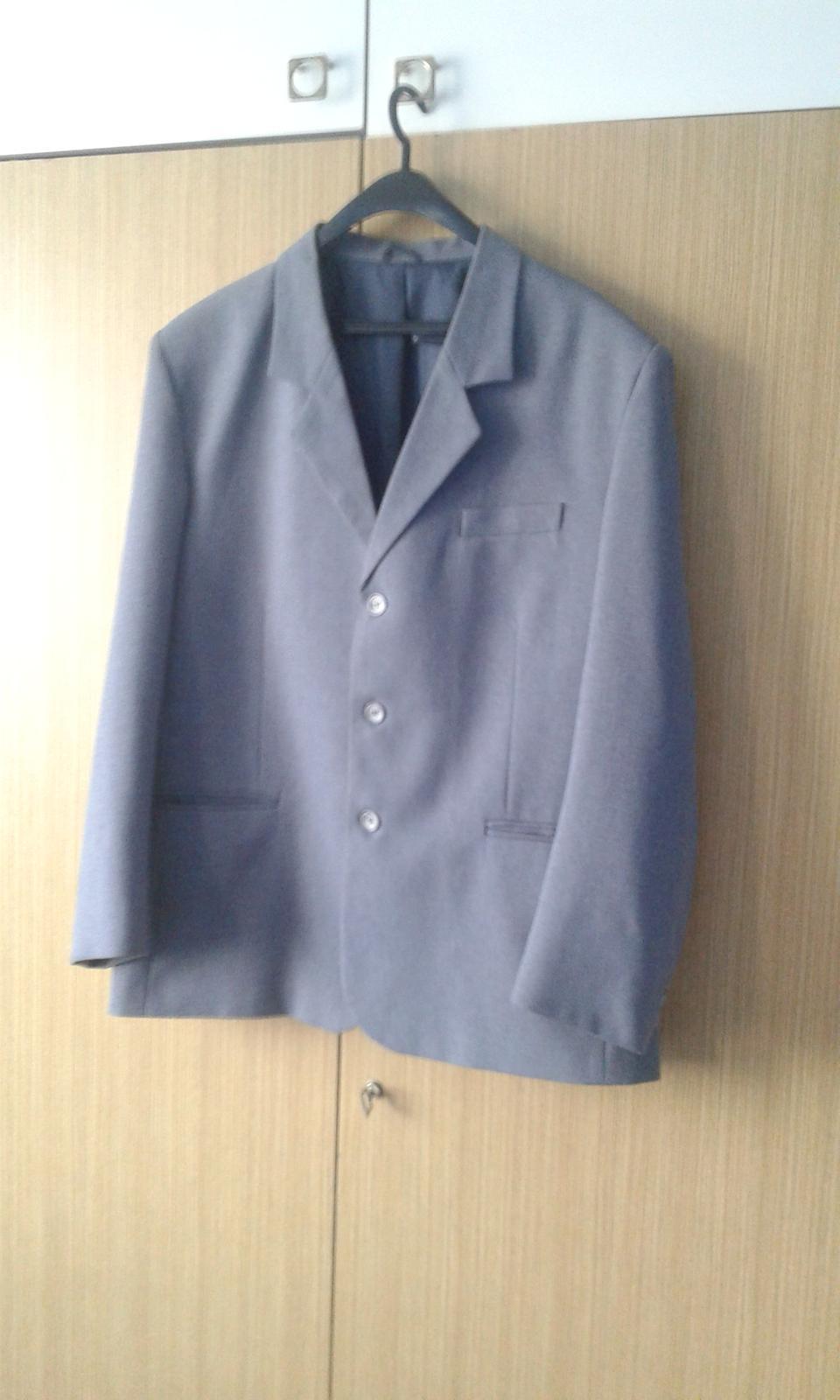 Pánsky oblek s vestičkou - Obrázok č. 1