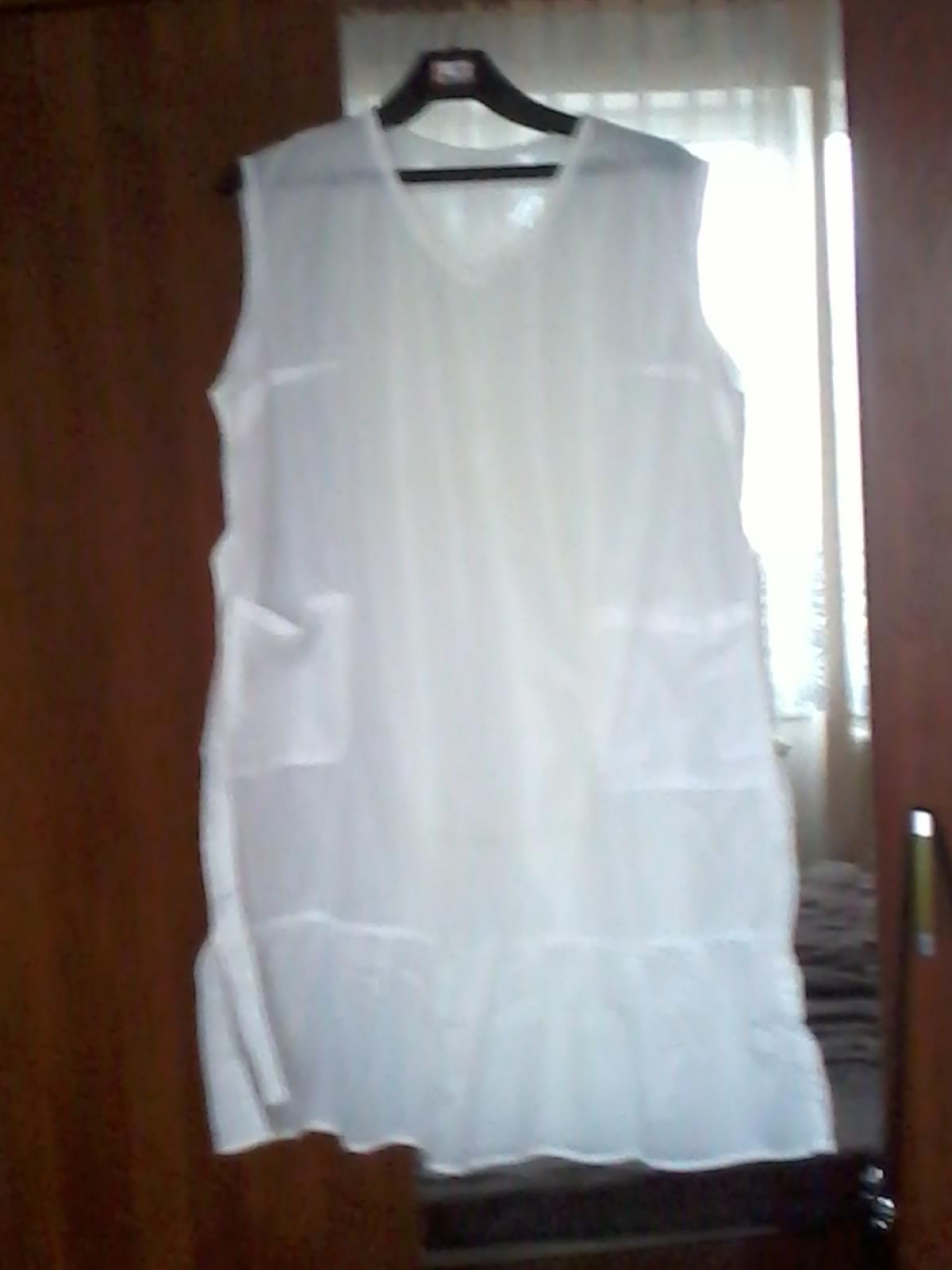 Biele zásterové šaty - Obrázok č. 1