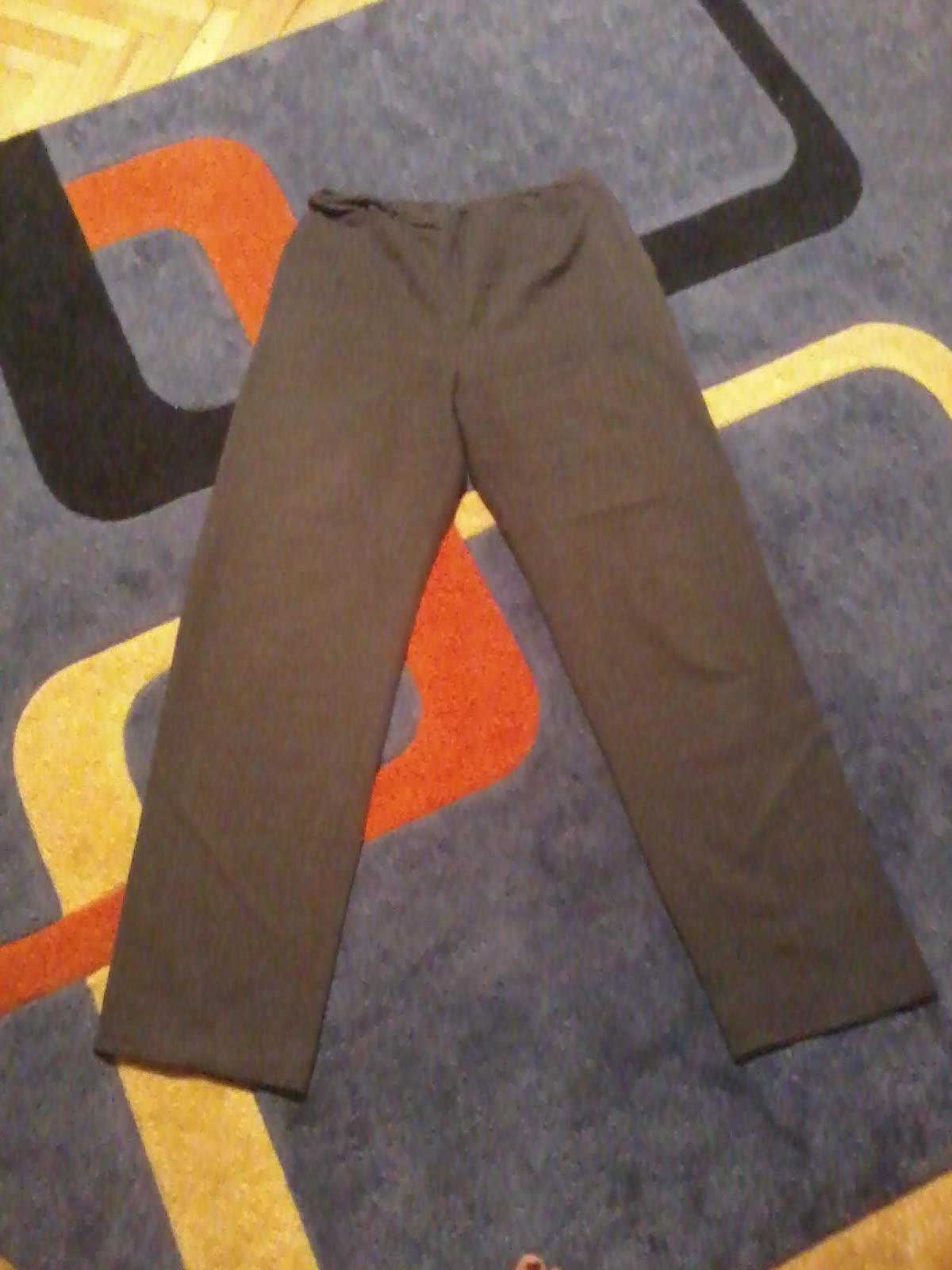 Tmavošedé elegantné nohavice - Obrázok č. 1