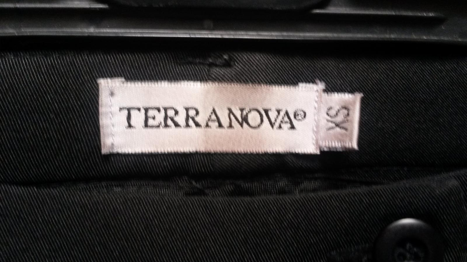 Čierne tenšie nohavice - Obrázok č. 4