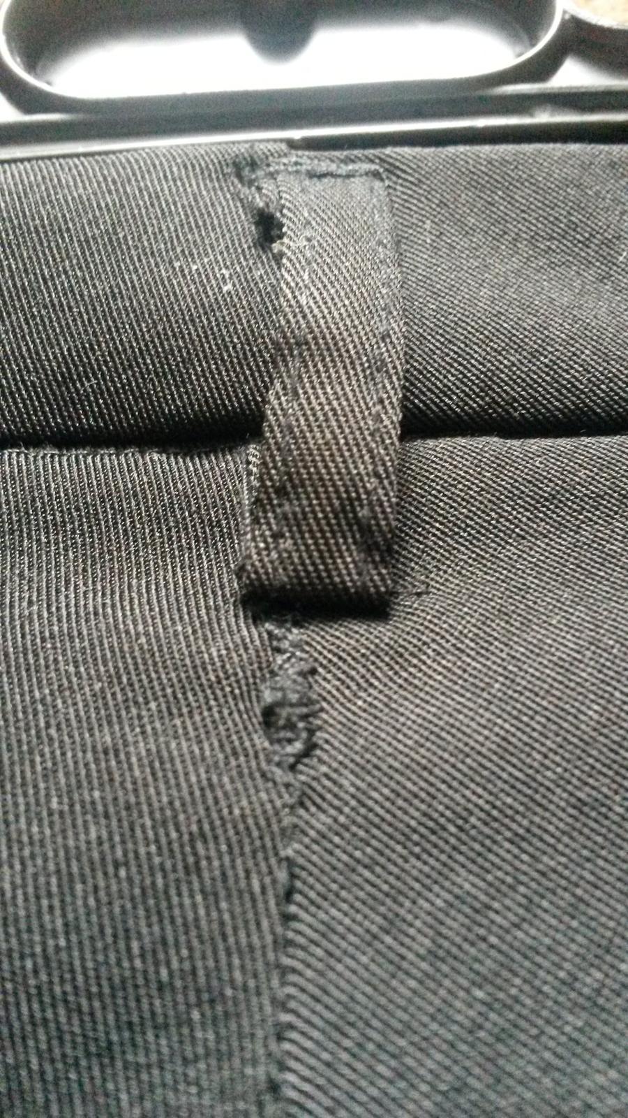 Čierne tenšie nohavice - Obrázok č. 2