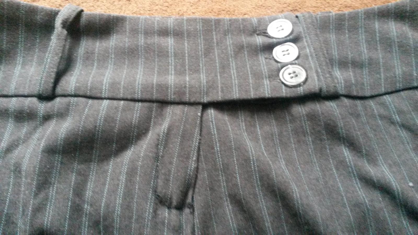 Šedé hrubšie nohavice - Obrázok č. 4