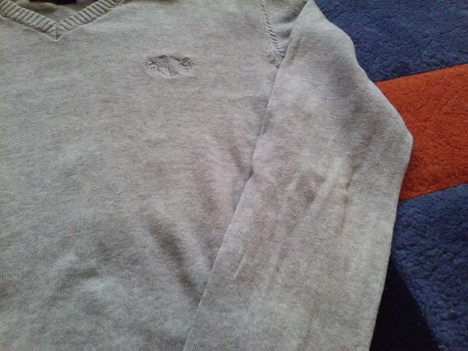 Elegantný svetrík Reserved - Obrázok č. 2