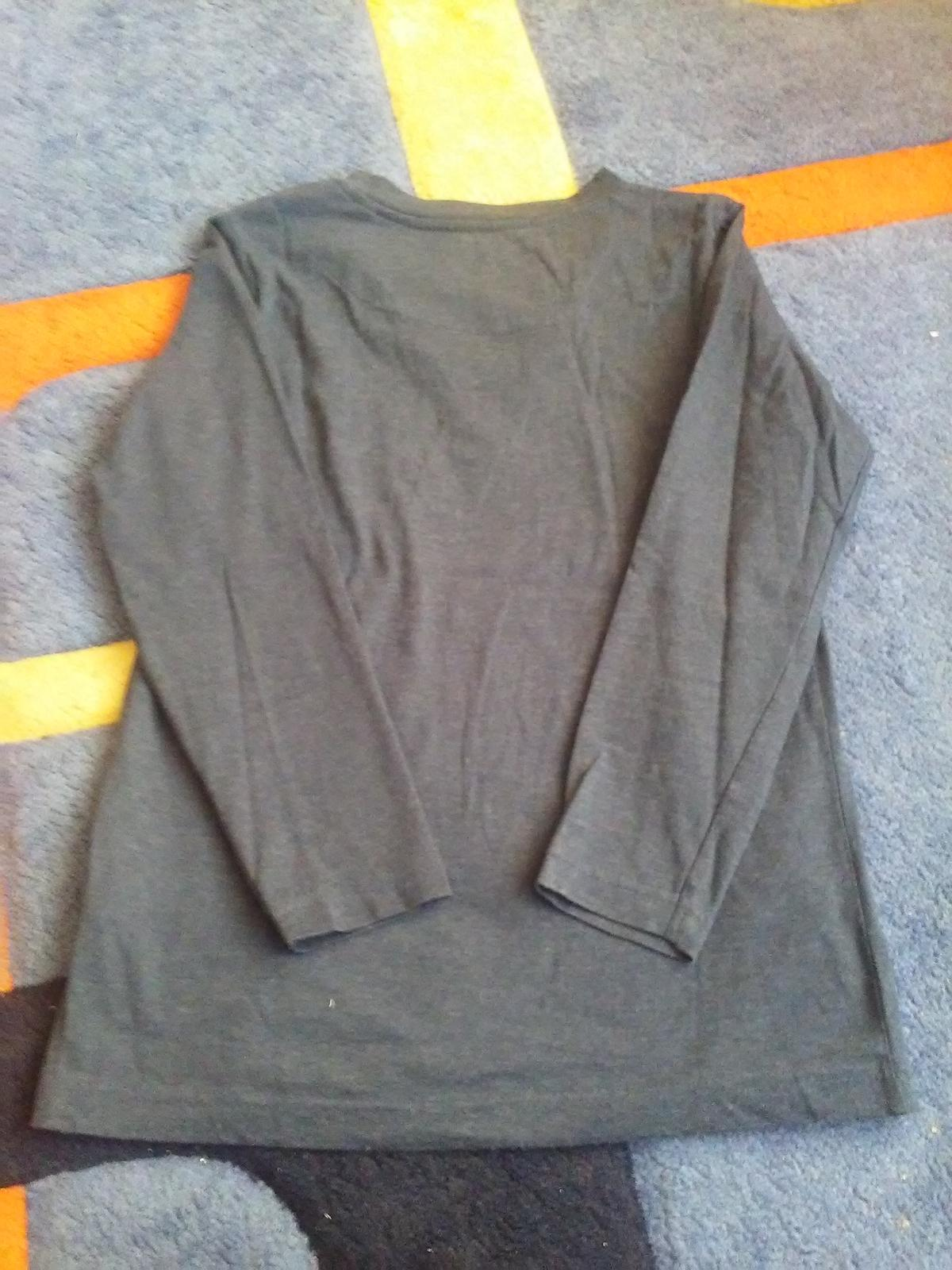 Tmavomodré elegantné tričko - Obrázok č. 1