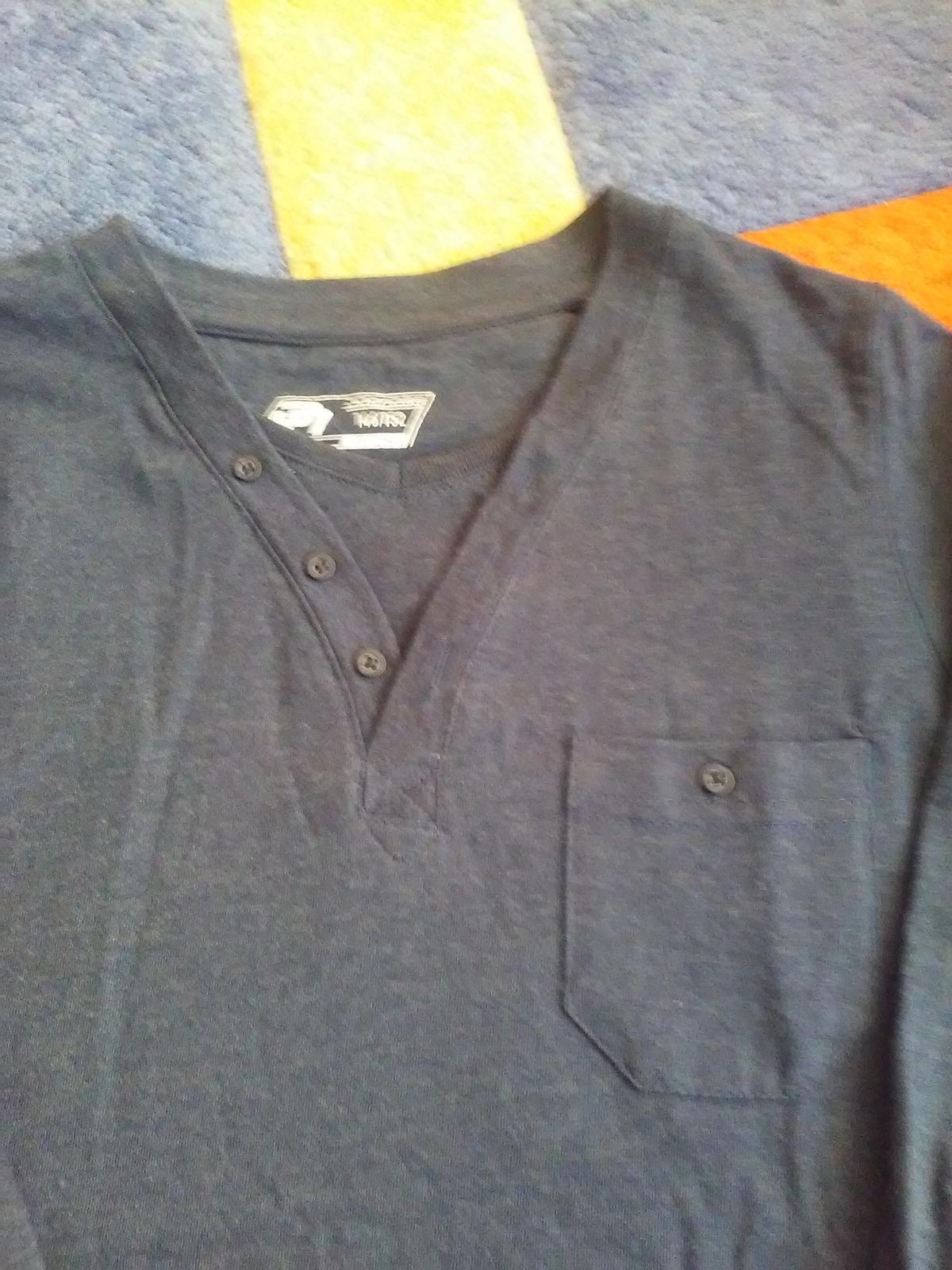 Tmavomodré elegantné tričko - Obrázok č. 3