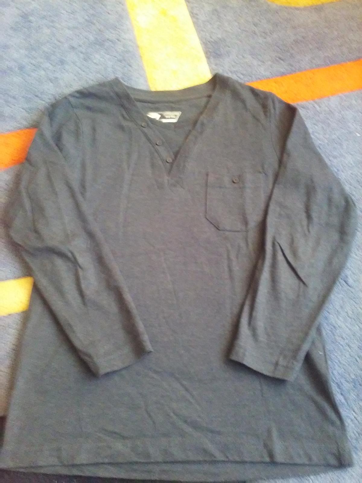 Tmavomodré elegantné tričko - Obrázok č. 4