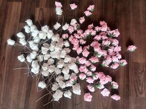 růžičky na náš svatební oblouk