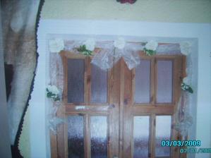dvere ktorými sa bude vchádzať do sály