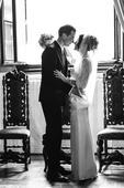 krajkovo-saténové bílé svatební šaty, 36