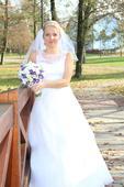 Svatební šaty značky Agnes, 38