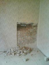Takhle to vvpadalo kdyz se bourali nove vchodove dvere