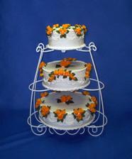 takový dort chceme. Jsem zvědavá jestli ho paní cukrářka zvládne...:-)